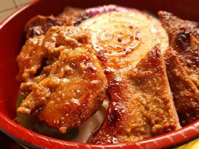 カレー味・豚一本ハラミ丼