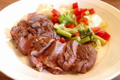 羊肉 ラム 低温調理 スパイス ステーキ
