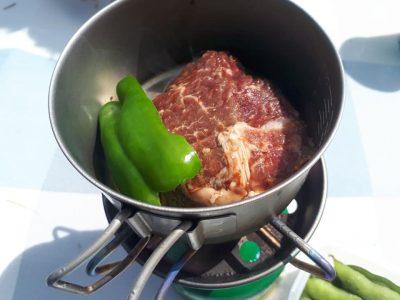 #ソロキャン #ゆるキャン #キャンプ飯 極厚牛肉ステーキ