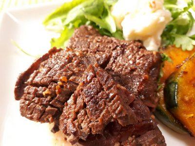 極厚牛肉ステーキ