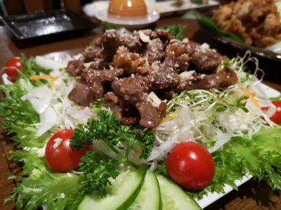 ハイグレードの焼肉サラダ