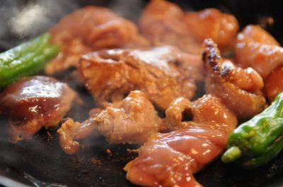 鶏もつジンギス モツ焼き
